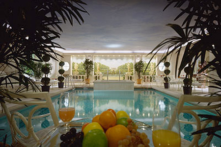 The Four Seasons George V Paris pool in the spa and health club